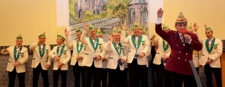 Vereinsmitglieder nach der Ehrung durch VKAG